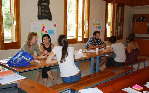 Reunió de grup local de voluntariat a Lleida. Catalunya